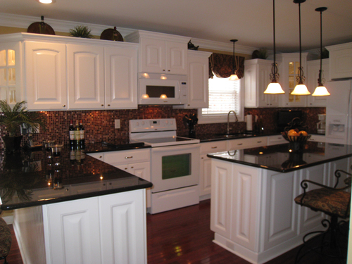 Kitchen Backsplash Design Idea 9