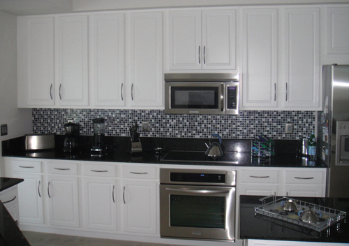 Kitchen Backsplash Design Idea 7